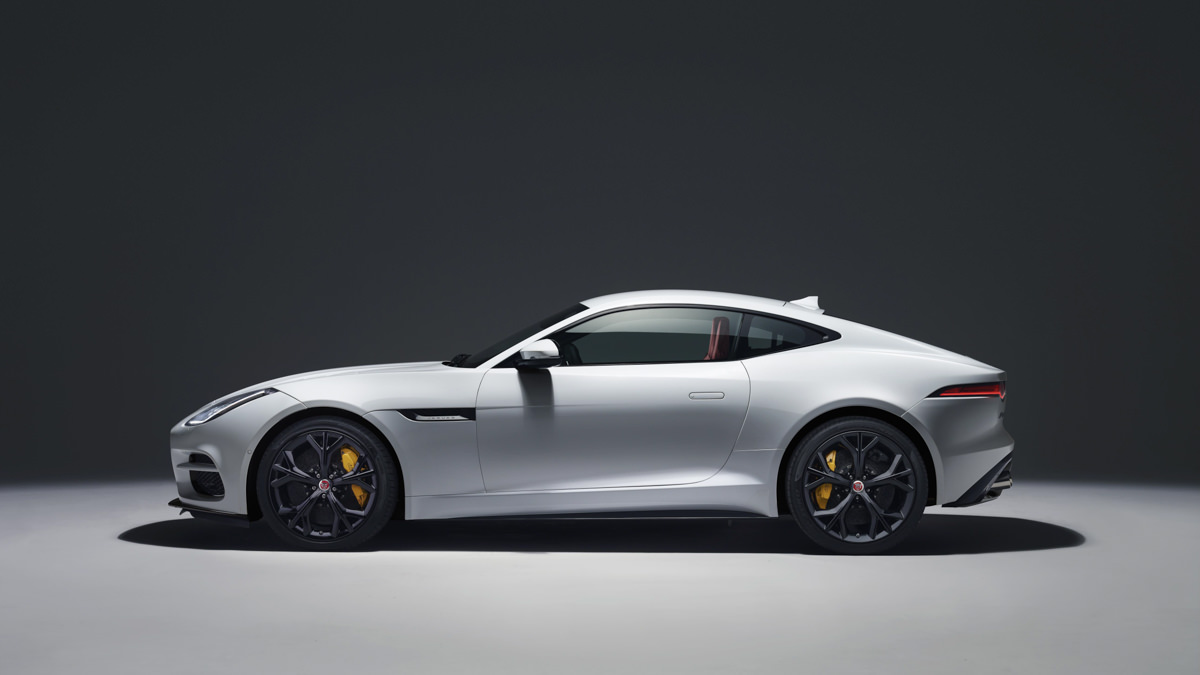 2018 Jaguar F-Type-21